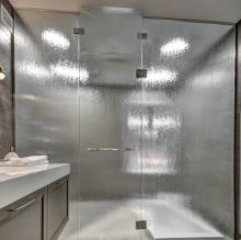 Glass Shower - Aqui